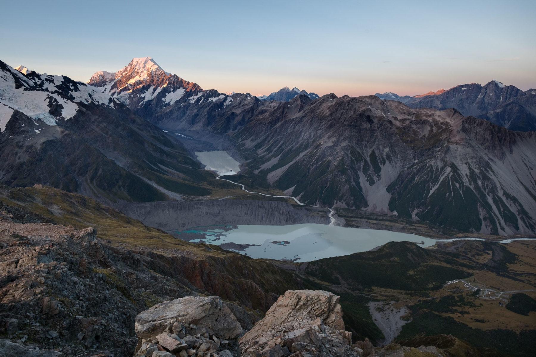 Mount Cook im Abendlicht.